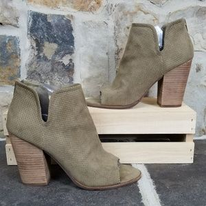 Dolce Vita 8.5 Heeled Open Toe Booties
